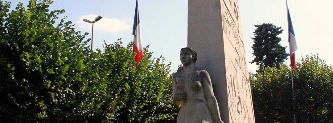Monument-aux-morts-Place-republique-art